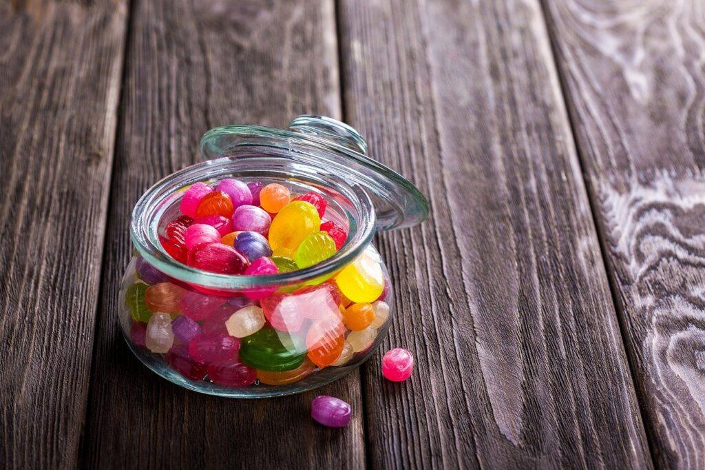 Qué alimentos no dar al perro azucar